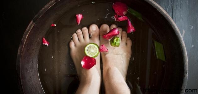 كيف تعالج رائحة القدمين
