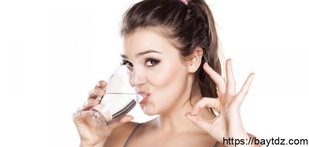 ماذا تسبب قلة شرب الماء