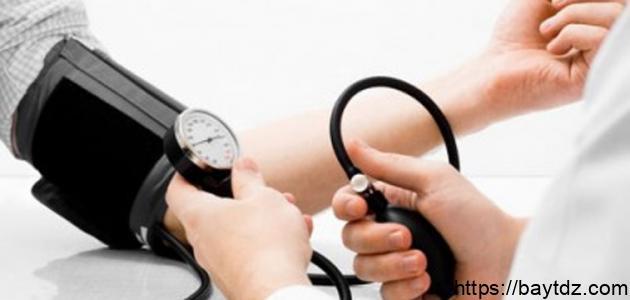 متى يكون ضغط الدم مرتفع