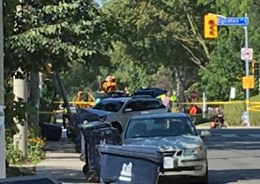 Fugitives' vehicle at Rumsey and Eglinton