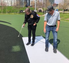 Mayor himself paints final square of Canoe Park Raptor's claw/John Tory