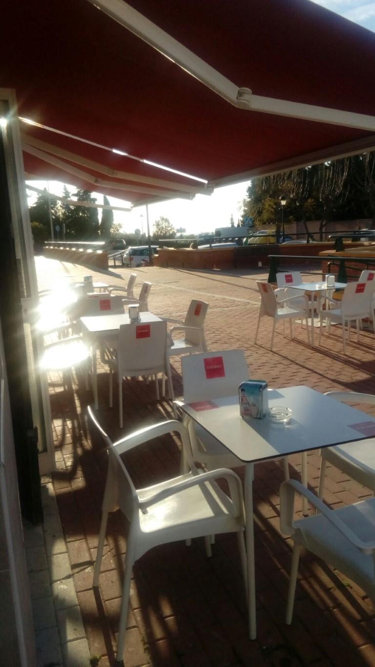 Ref 40206 Vendo Bar Cafetería En Funcionamiento Bazan