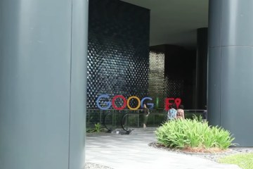 Google Set To Flag 'Offensive Content'