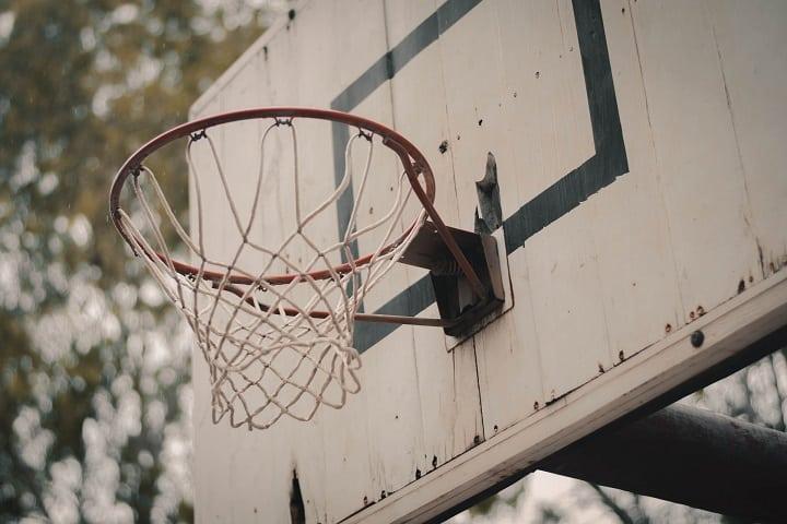 Fix a net to the basketball rim