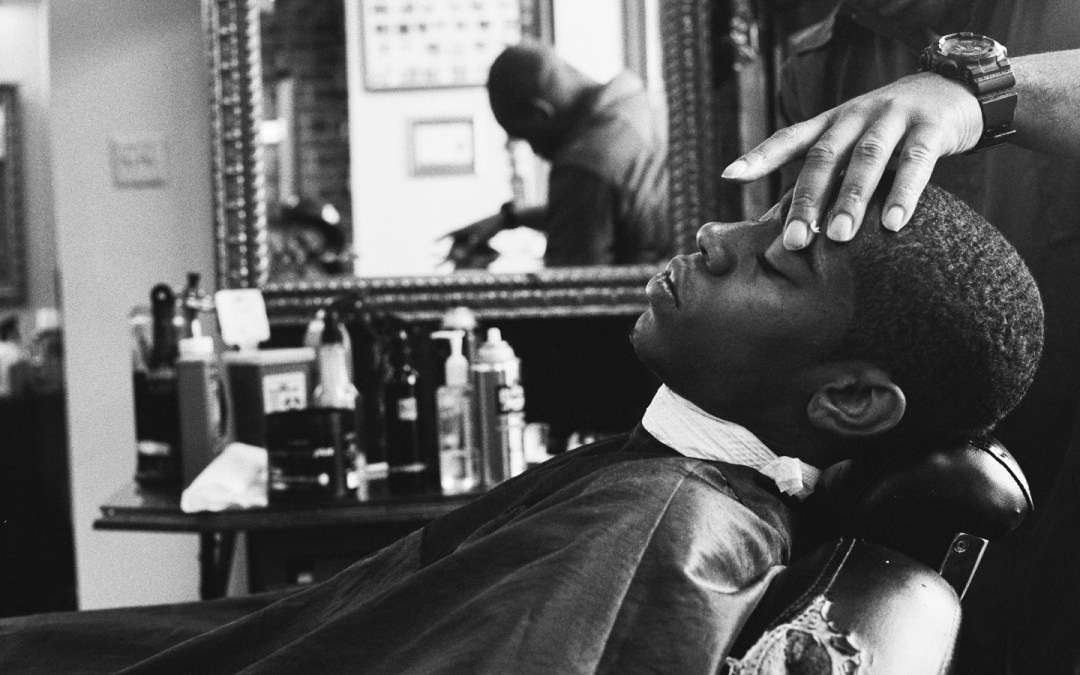 How to Help Your Barber While the Shop Is Closed
