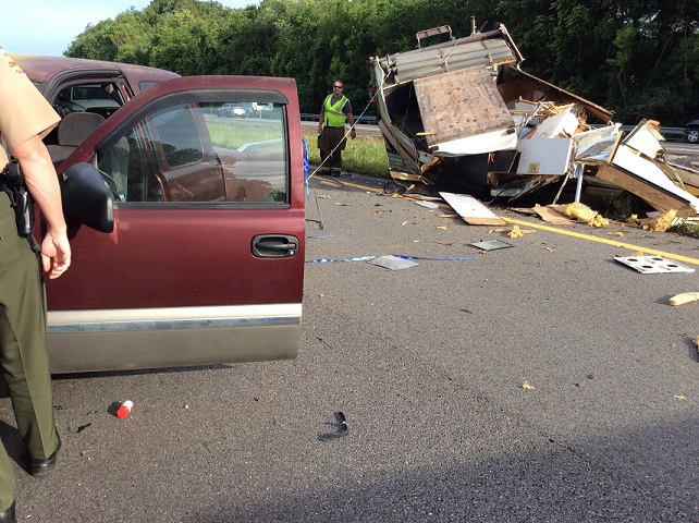 Roll over accident shuts down I-40 for a short time Tuesday
