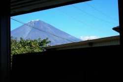 窓枠から見える富士山(2010年11月14日)