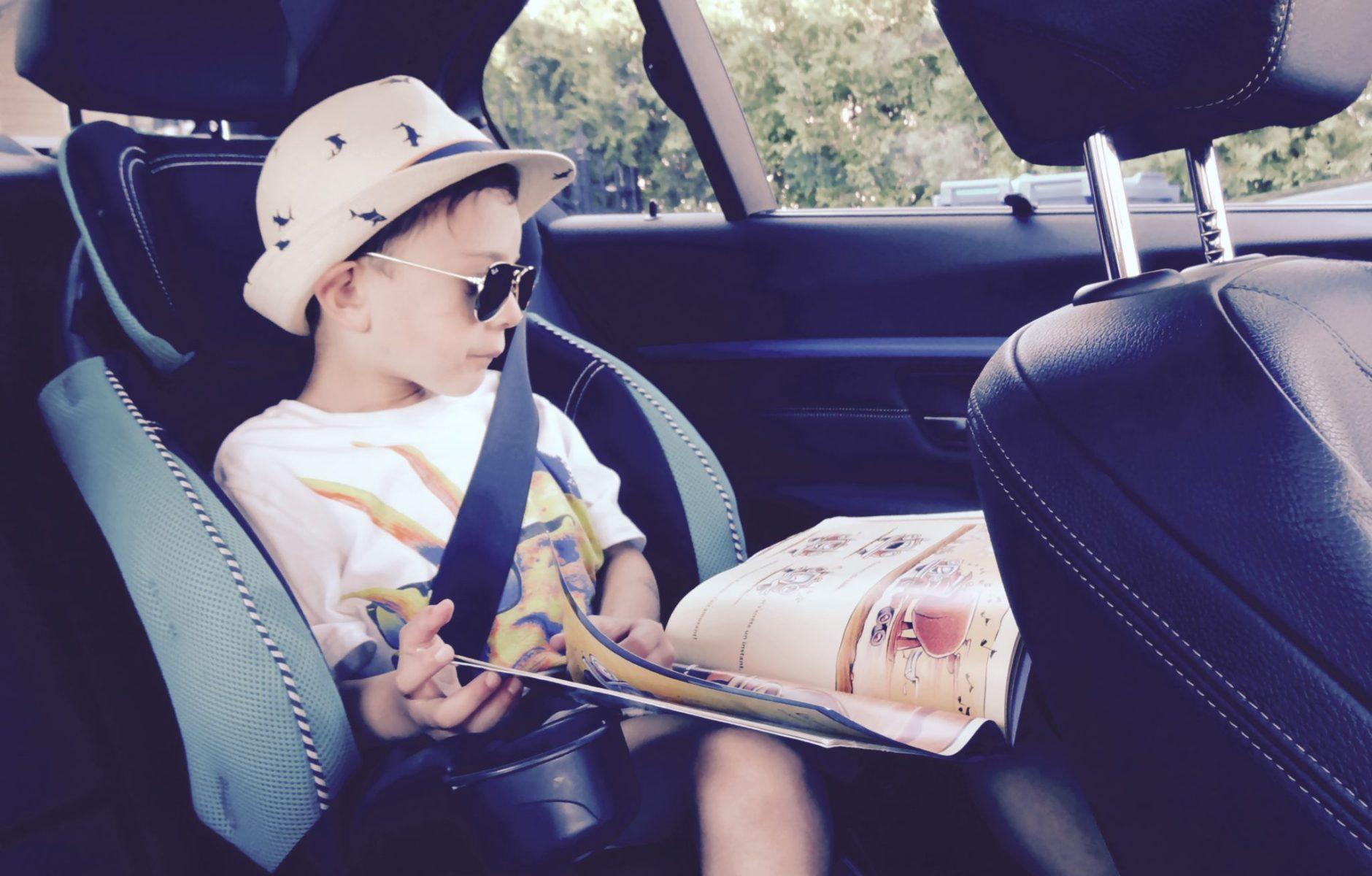Jeux pour enfants en voiture