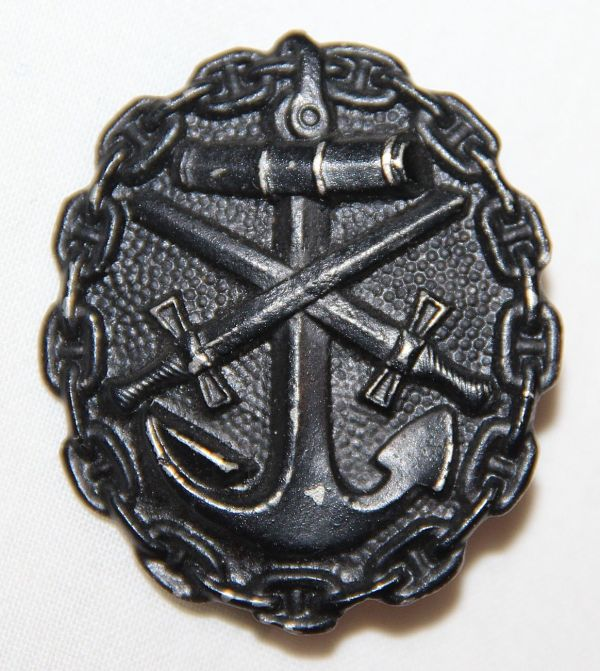 B002. WWI GERMAN NAVAL WOUND BADGE IN BLACK