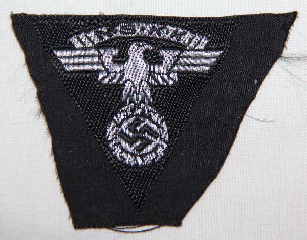 O.011. WWII GERMAN NSKK 2ND PATTERN CAP EAGLE