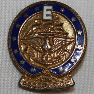 "I004. WWII U.S. NAVY ""E"" AWARD FOR PRODUCTION STERLING LAPEL PIN"