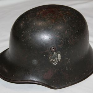 L004. WWII GERMAN DOUBLE DECAL ARMY TRANSITIONAL M18 COMBAT HELMET W/ INTERESTING MAKERS MARK