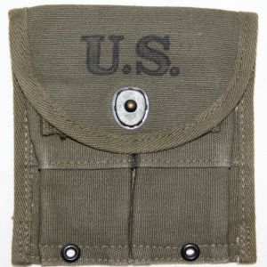 E041. NICE WWII M1 CARBINE AMMO CLIP POUCH, 1945 DATED