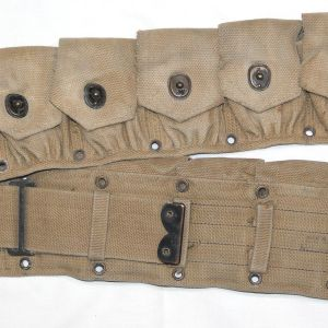 E051. WWII BRITISH MADE 10 POCKET CARTRIDGE BELT