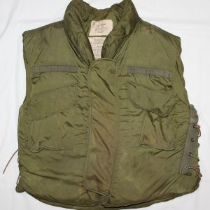 T033. VIETNAM 1969 DATED FRAGMENTATION VEST BODY ARMOR