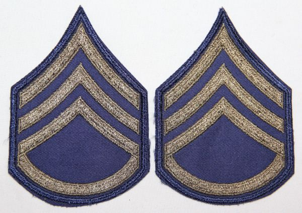 S018. UNISSUED KOREAN WAR E-5 SERGEANT CHEVRONS, STRIPES