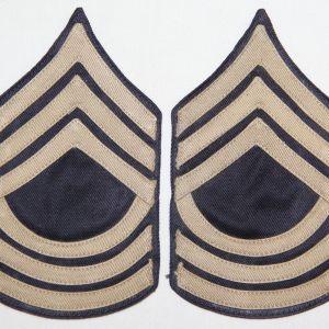 G054. UNISSUED WWII TWILL ON TWILL MASTER SERGEANT CHEVRONS, STRIPES