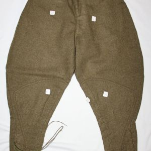 B059. MINT, UNISSUED WWI WOOL COMBAT FIELD TROUSERS WITH CUTTER TAGS