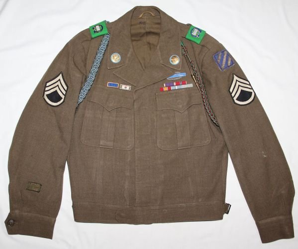 S031. KOREAN WAR 3RD INFANTRY DIVISION IKE JACKET WITH BULLION PATCH