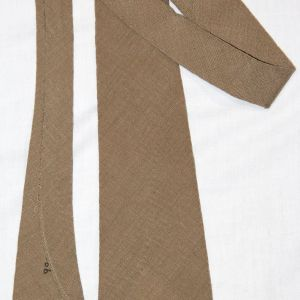 D028. WWII KHAKI WOOL UNIFORM NECK TIE