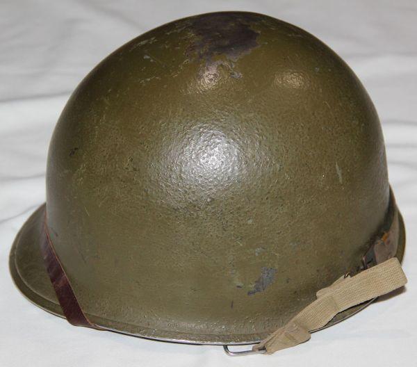 S027. KOREAN WAR FRONT SEAM, SWIVEL LOOP M1 HELMET WITH WWII LINER