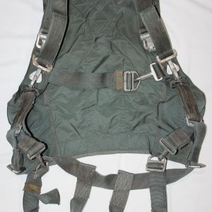 T053. VIETNAM USAF CHEST STYLE PARACHUTE HARNESS