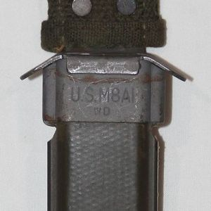 S037. EARLY KOREAN WAR U.S. M8A1 BAYONET OR KNIFE SCABBARD