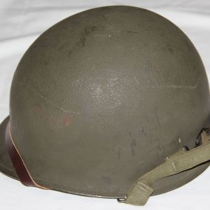 C031. LATE WWII REAR SEAM SWIVEL LOOP M1 HELMET WITH SEAMAN LINER