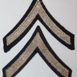 G087. WWII EMBROIDERED ON TWILL PRIVATE FIRST CLASS CHEVRONS