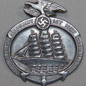 P049. WWII GERMAN 1935 NATIONAL SEA TRAVEL DAY TINNIE