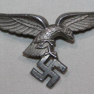 P060. WWII GERMAN LUFTWAFFE VISOR CAP EAGLE