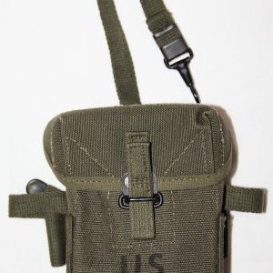 T105. UNISSUED VIETNAM SMALL ARMS AMMUNITION POUCH