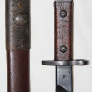 F024. WWII BRITISH INDIA PATTERN No1 MKIII SMLE BAYONET WITH SCABBARD