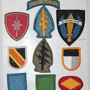 U021. NAMED POST VIETNAM SPECIAL FORCES PATCH AND INSIGNIA GROUP