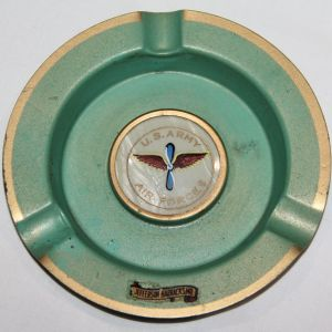 I043. WWII HOME FRONT AAF ASHTRAY FROM JEFFERSON BARRACKS MISSOURI