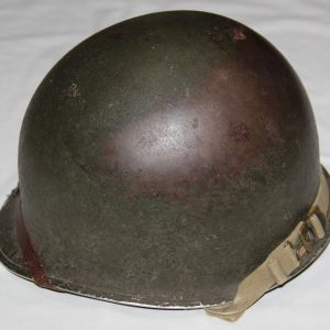 C046. WWII FRONT SEAM FIXED LOOP M1 HELMET WITH INLAND LINER