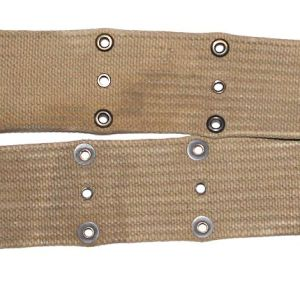 E193. EARLY WWII 1942 DATED KHAKI WEB PISTOL BELT