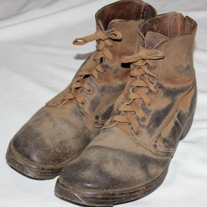 B169. WWI DOUGHBOY M-1918 PERSHING FIELD SHOES
