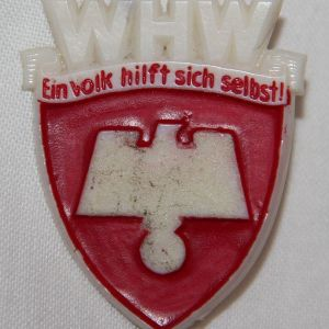 P081. WWII GERMAN WHW PEOPLE'S HELP CELLULOID TINNIE