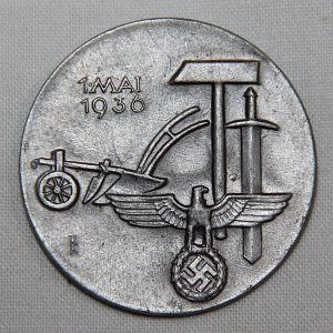 P088. GERMAN 1936 NATIONAL LABOR DAY TINNIE