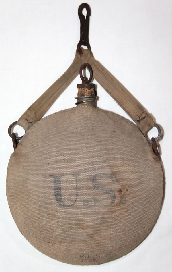 A042. RIA 1903 CANTEEN WITH EARLY HANGER