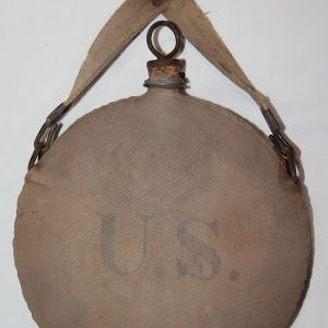 A043. RIA 1904 CANTEEN WITH MATCHING HANGER