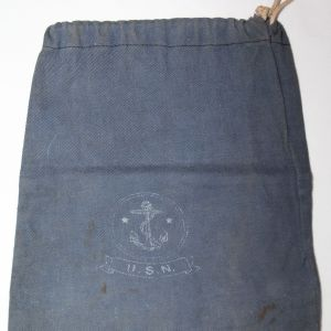 E276. WWII US NAVY DITTY BAG