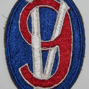 G148. WWII 95TH INFANTRY DIVISION PATCH WITH BLUE BORDER