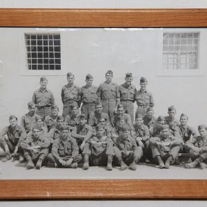 J081. WWII 1945 ITALY UNIT PHOTO WITH NAMES AND NEGATIVES
