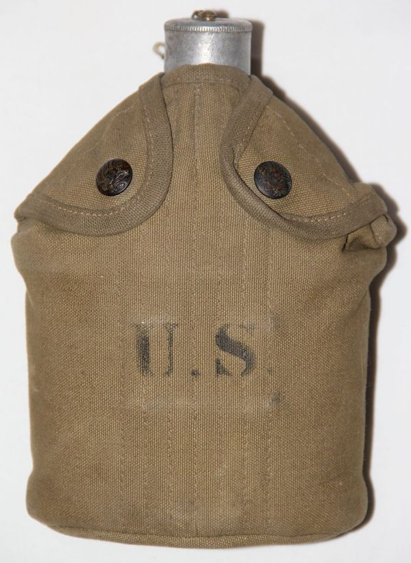 A049. M1910 EAGLE SNAP CANTEEN COVER WITH FLAT TOP CANTEEN AND CUP