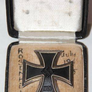 Q053. WWII CASED HAND VAULTED 1ST CLASS IRON CROSS