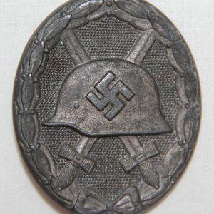 Q055. WWII GERMAN SILVER WOUND BADGE
