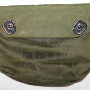 T237. VIETNAM XM28E4 RIOT CONTROL GAS MASK BAG