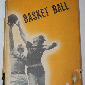J089. WWII US NAVY AVIATION TRAINING BASKETBALL MANUAL